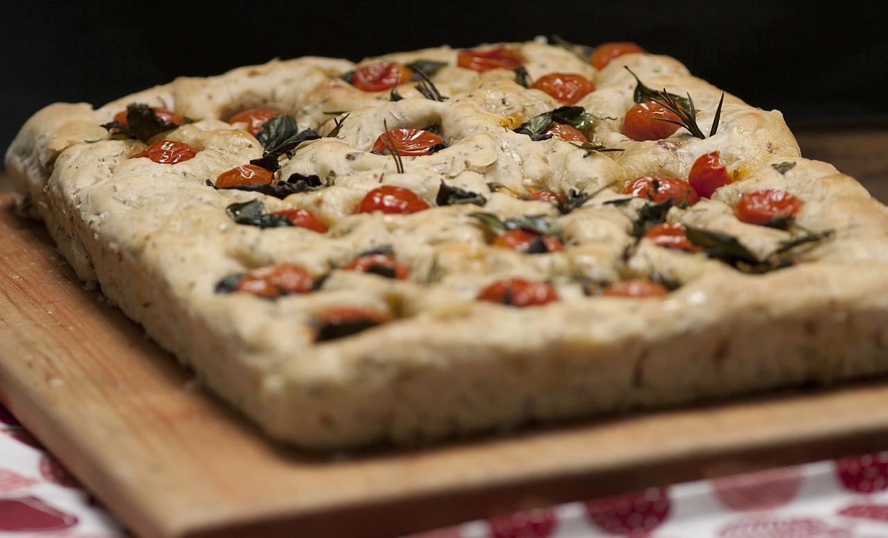 Focaccia nadziewana mozzarellą