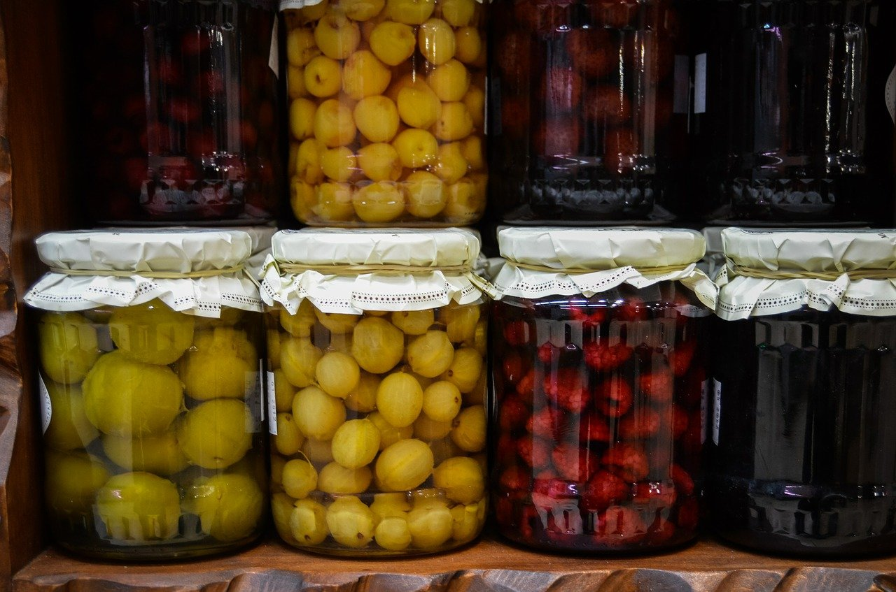 Wino ze starych owoców i kompotów