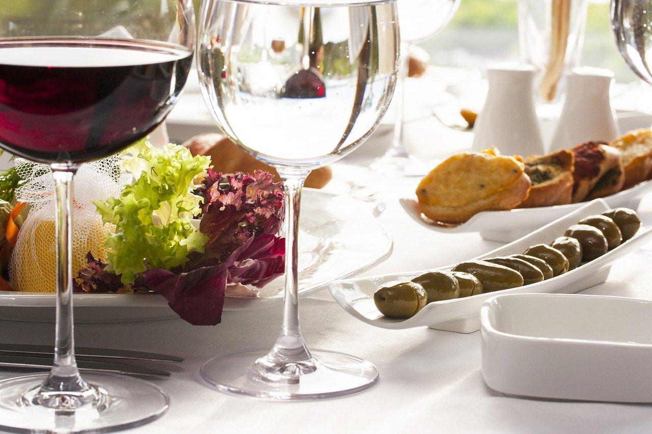 Jak dobrać wino do potrawy?